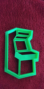 3D Printed Cookie Cutter Inspired by Vintage Arcade Cabinet