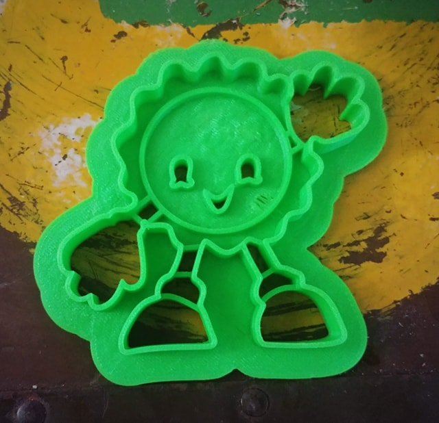 3D Printed Cookie Cutter Inspired by Fallout Cappy