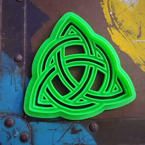 3D Printed Cookie Cutter Inspired by Charmed Celtic Knot Symbol