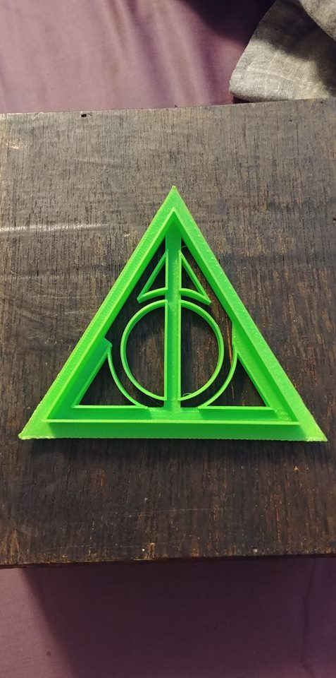 3D Printed Cookie Cutter Inspired by Harry Potter the Deathly Hallows