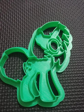 Load image into Gallery viewer, 3D Printed Cookie Cutter Inspired by MLP DJ PON3