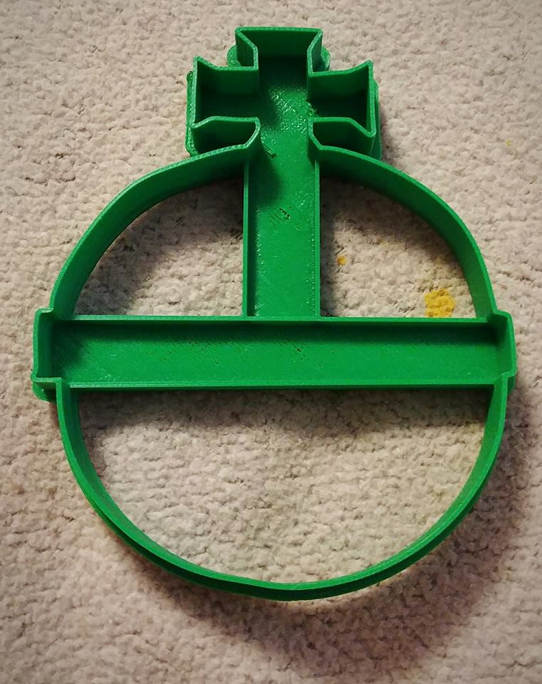 3D Printed Cookie Cutter Inspired by Monty Python's Holy Hand Grenade