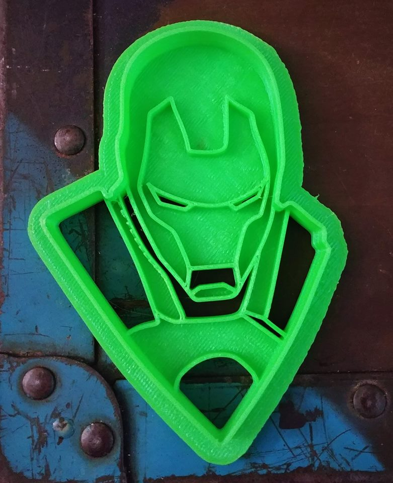3D Printed Cookie Cutter Inspired by Marvel's Ironman