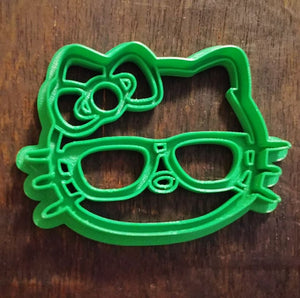 3D Printed Cookie Cutter Inspired by Nerdy Hello Kitty with Glasses