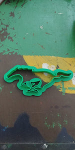 3D Printed Cookie Cutter Inspired by Ford Mustang Emblem