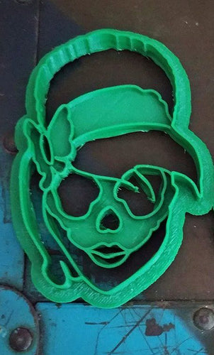 3D Printed Cookie Cutter Inspired by Rockabilly Pinup Skull