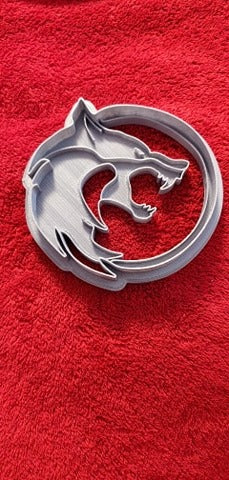 3D Printed Cookie Cutter Inspired by The Witcher wolf symbol