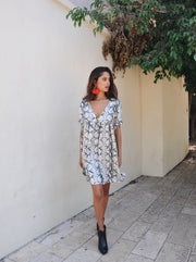 Oversize Pattern Dress - Black Snake