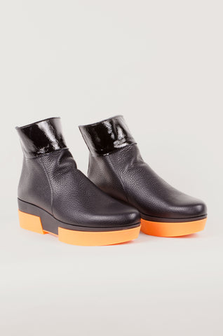 ARCHE - Orange Sole Boots - Black