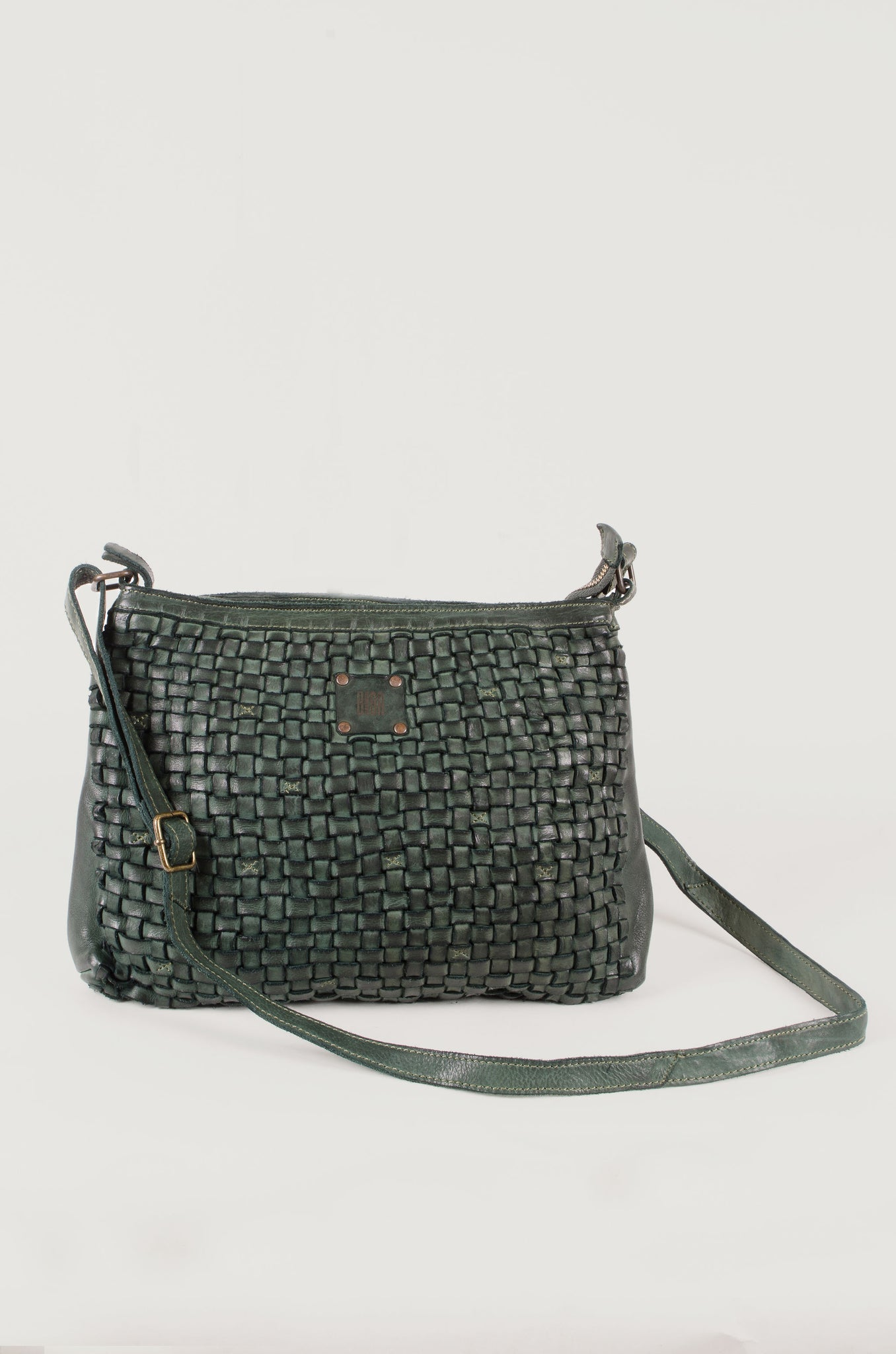 WOVEN - Medium Cross Body bag - Green