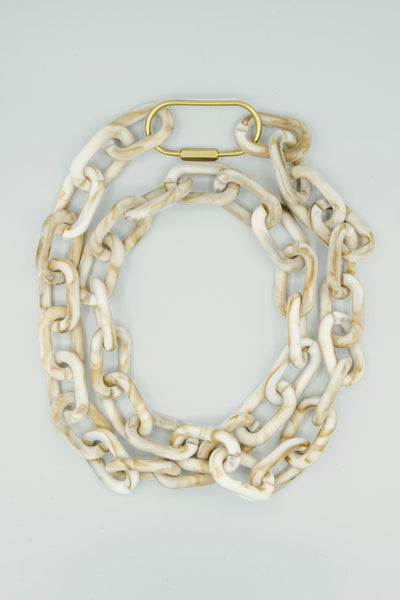 Chain in Natural