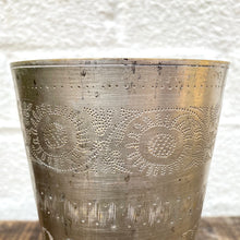Load image into Gallery viewer, Vintage Lassi Cups - Medium