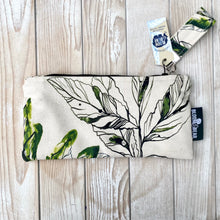 Load image into Gallery viewer, Medium Organic Cotton Pouch - Forest