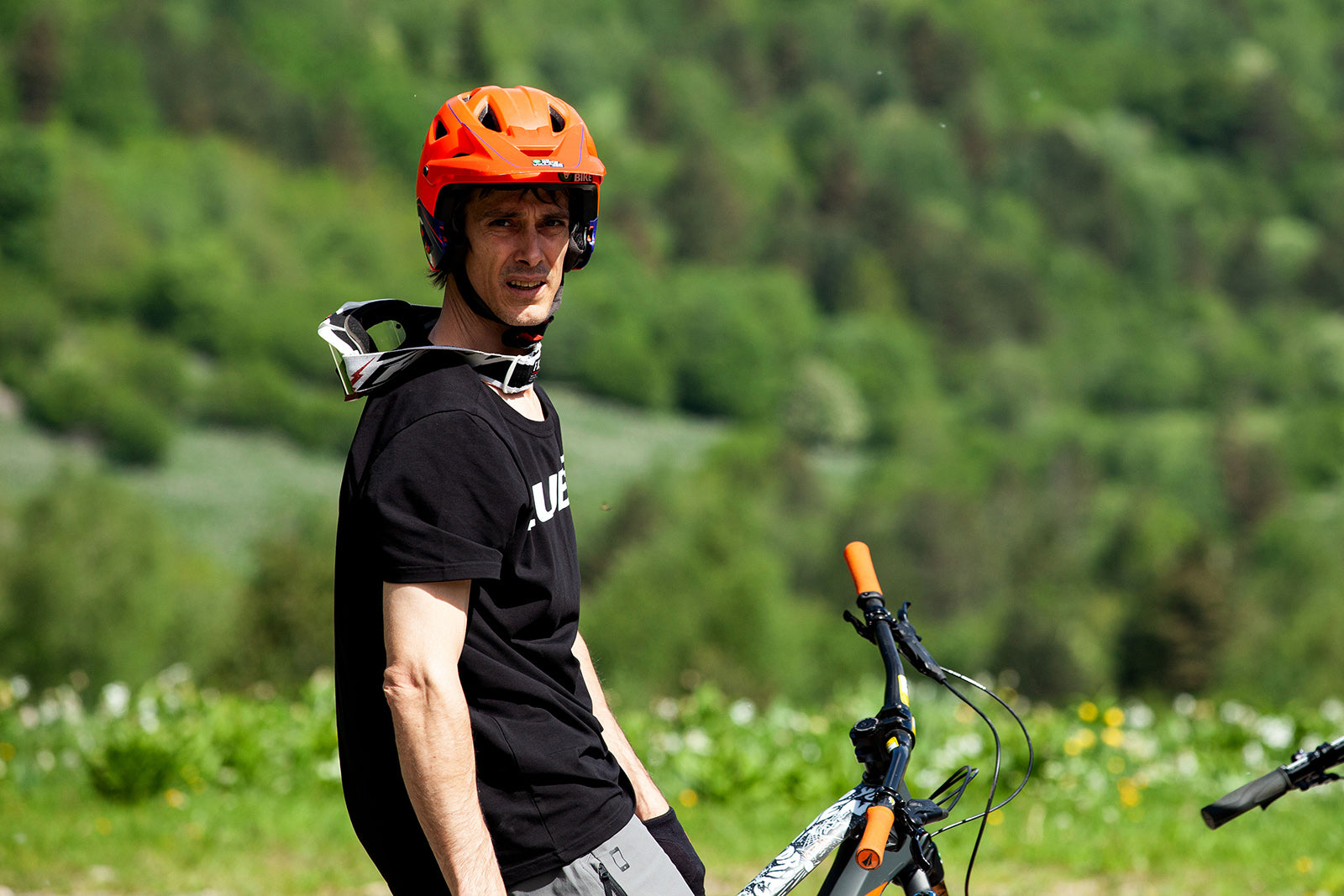 Marc Gómez - Co-Founder of AranBikeParks. FreeSki trainer at the Val d'Aran Technification Center. Photography: Júlia Miralles