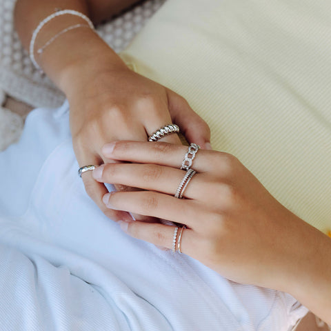 Pinky Classy Stone Ring