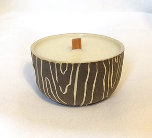 Candle in Wood Grain pattern with Beach scent