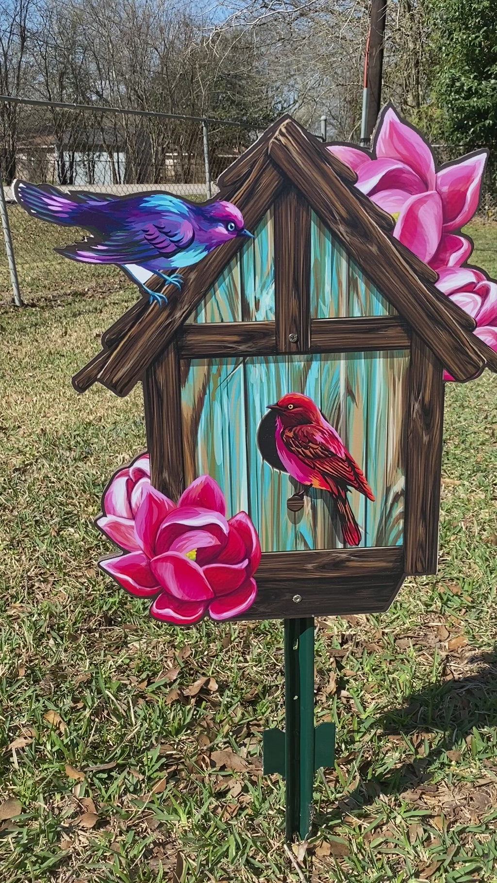 bird house yard art