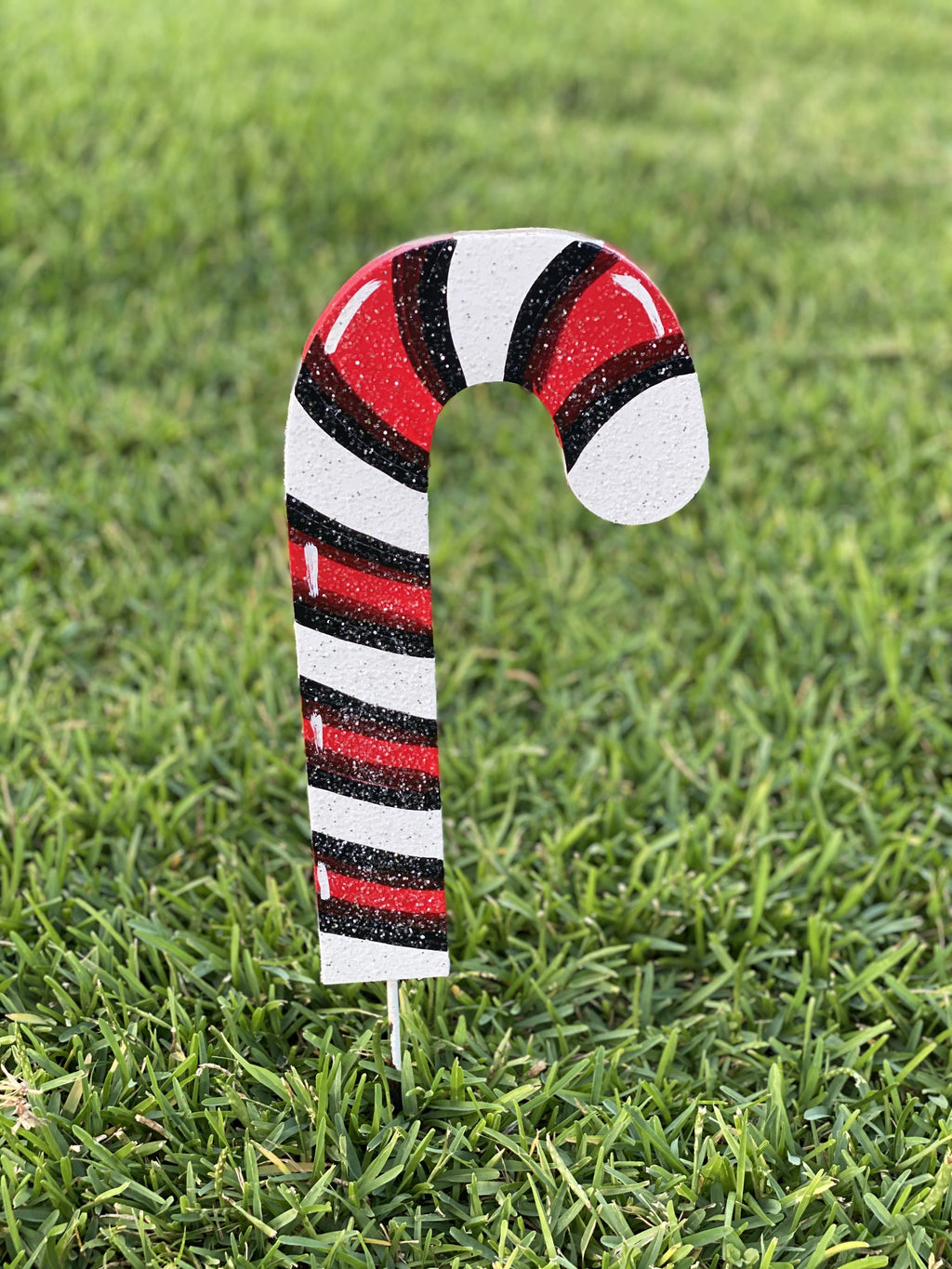 Christmas Candy cane facing right painted yard art design