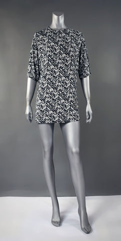 S4-Black/White Print Tee Dress