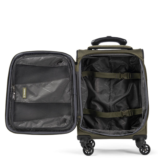 "Pilot Air™ Elite 17"" Expandable Compact Boarding Bag Spinner Luggage"
