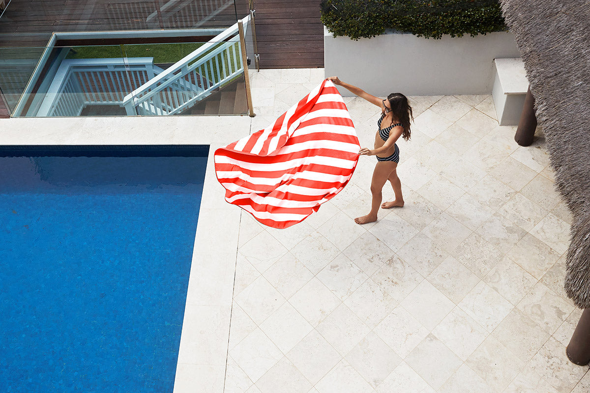 Stripe Round Towel Poolside