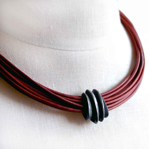 Organica Leather Necklace No.05 _ Brick Red