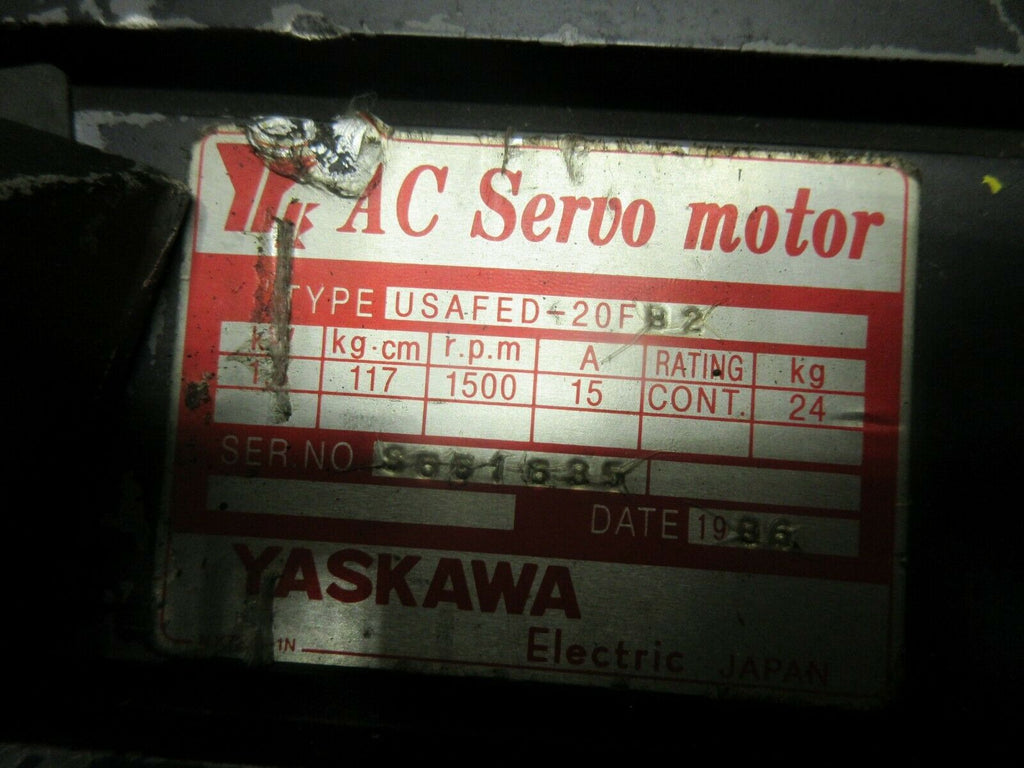 YASKAWA AC SERVO MOTOR USAFED-20FB2 NO ENCODER INCLUDED LOT OF 3 PIECES