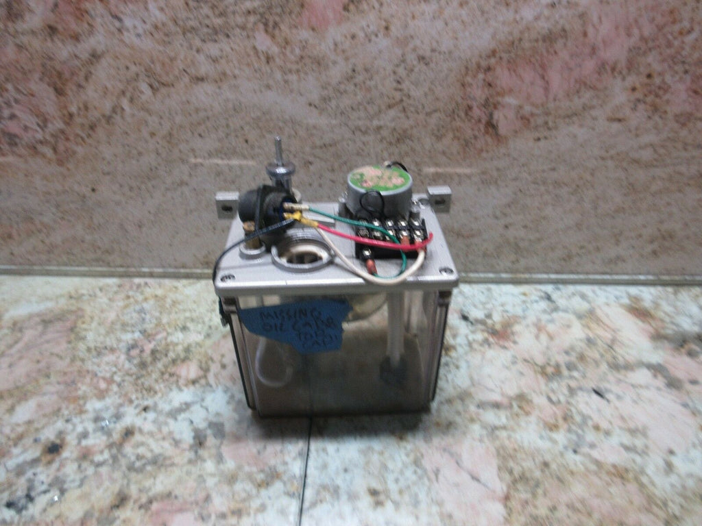 HYUNDAI HIT-8S CNC LATHE LUBE TANK LUBRICATION SYSTEM OIL PUMP PE-10/PE-12 PUMP