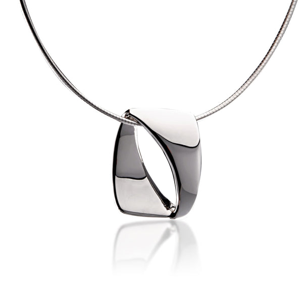 Shadow Line Shiny Pendant