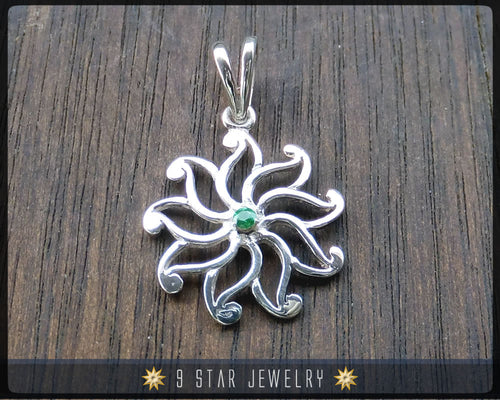 9 Star Flower Sterling Silver Baha'i Pendant with Genuine High Quality Green Tsavorite. bahai - BPS 24T