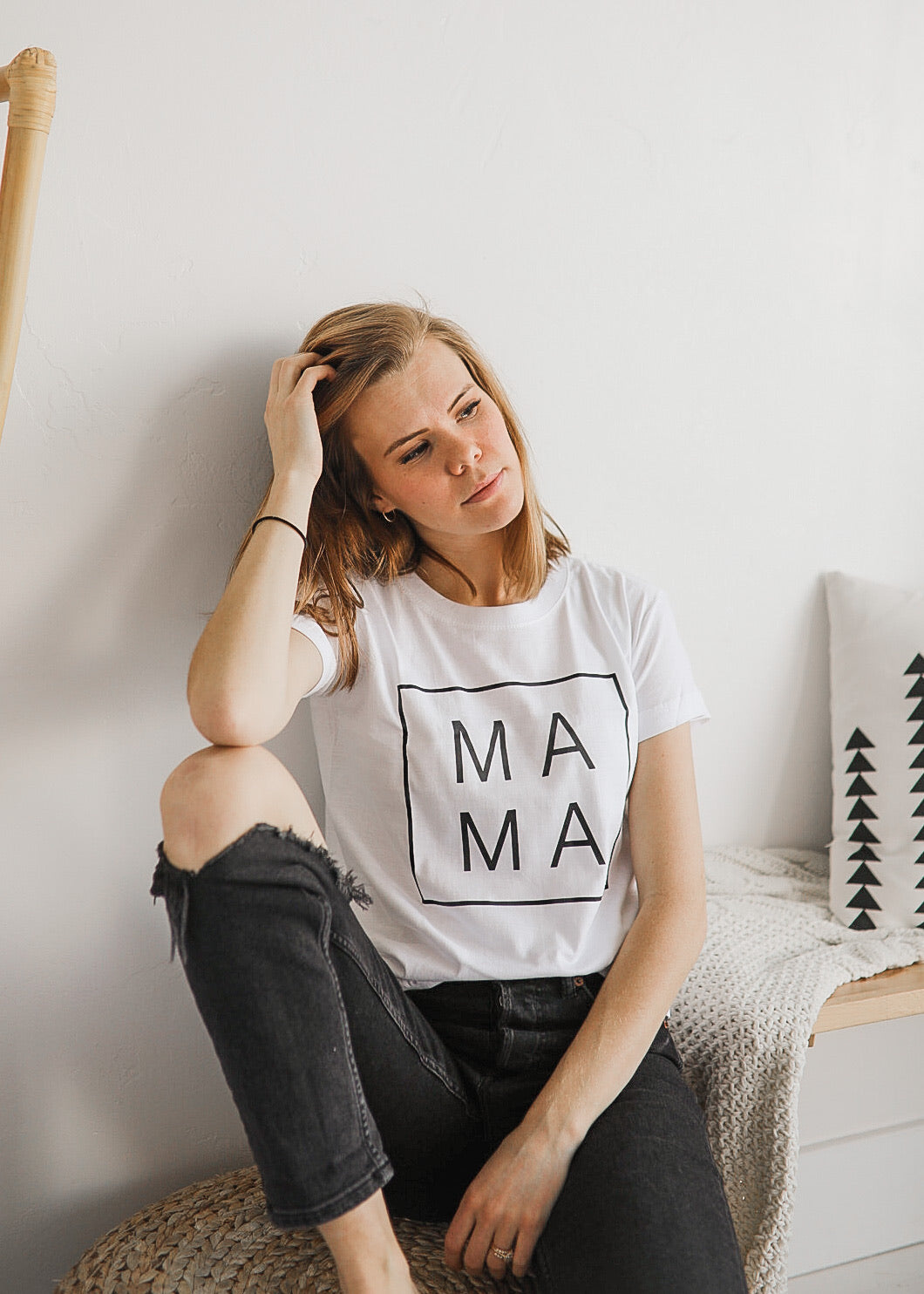 Mama Square Tee in White