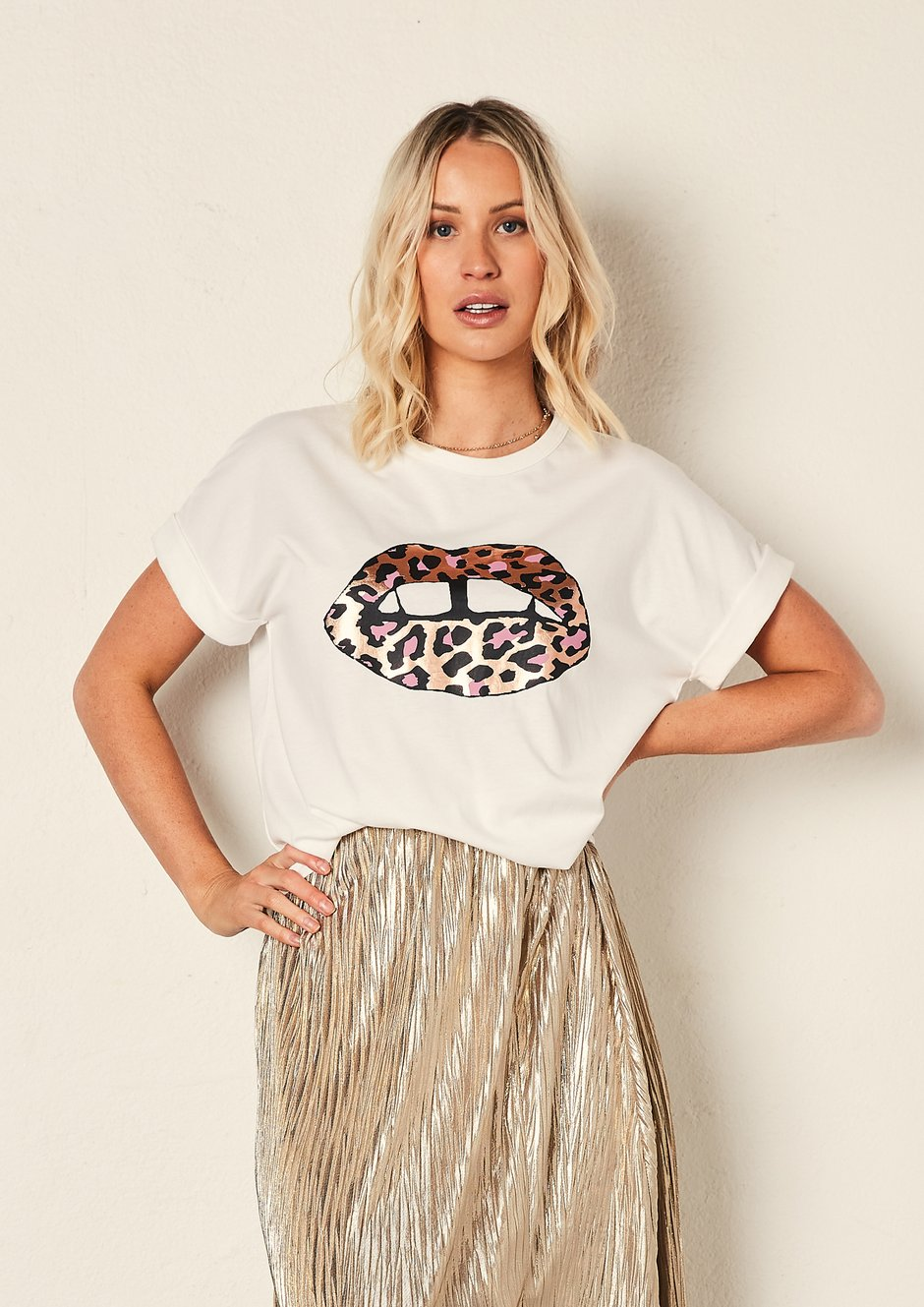 The Relaxed Tee - White/Leopard Lips