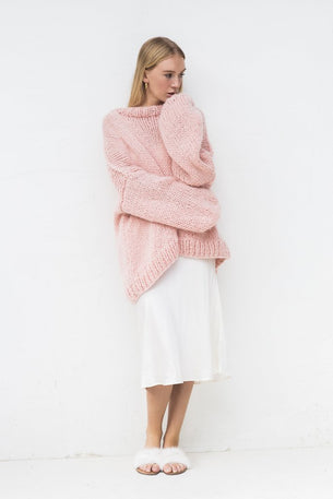 Desiree Oversize Merino Wool Jumper in Pink