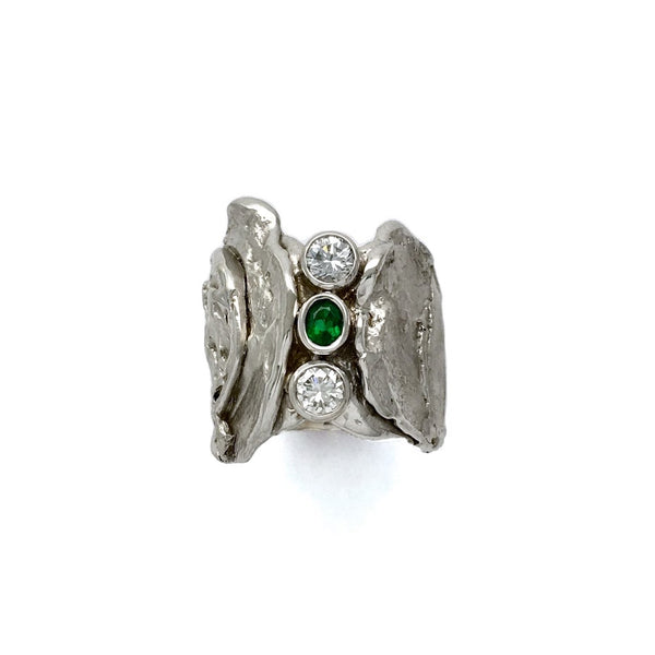 White gold slab ring set with emerald and diamonds