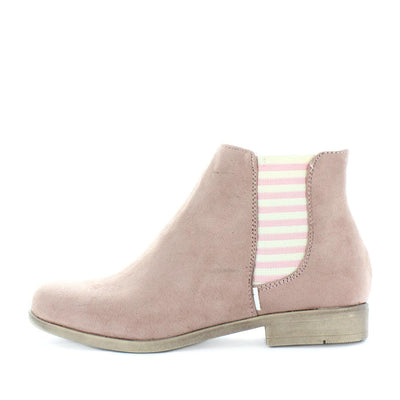Sierah by wilde - ishoes - Women's Shoes, Women's Shoes: Flats, womens boots, Women's Shoes: Sandals shoes, fashion shoes,  comfort shoes, women's shoes, woman's work shoes, casual shoes, casual footwear, comfort footwear, Faux suede boots with  a comfort footbed in blush / pink on sale
