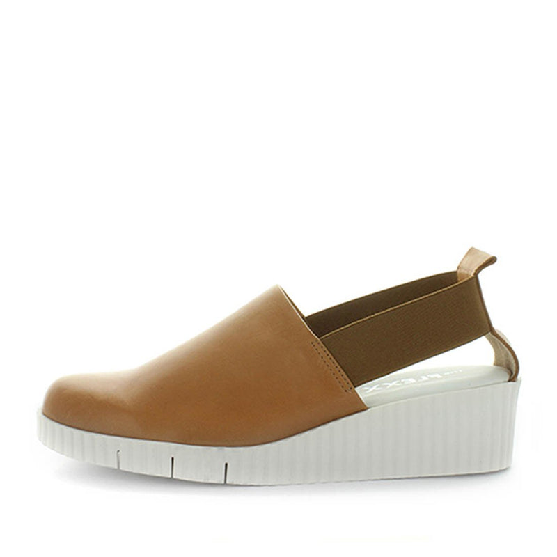 womens shoes, ladies shoes, slip on mule, comfortable mule, leather mule, leather slip on, italian leather shoe, shoes made in italy, shock absorbing shoes, comfort shoes, soft leather shoe, elastic shoes, the flexx, mule easy