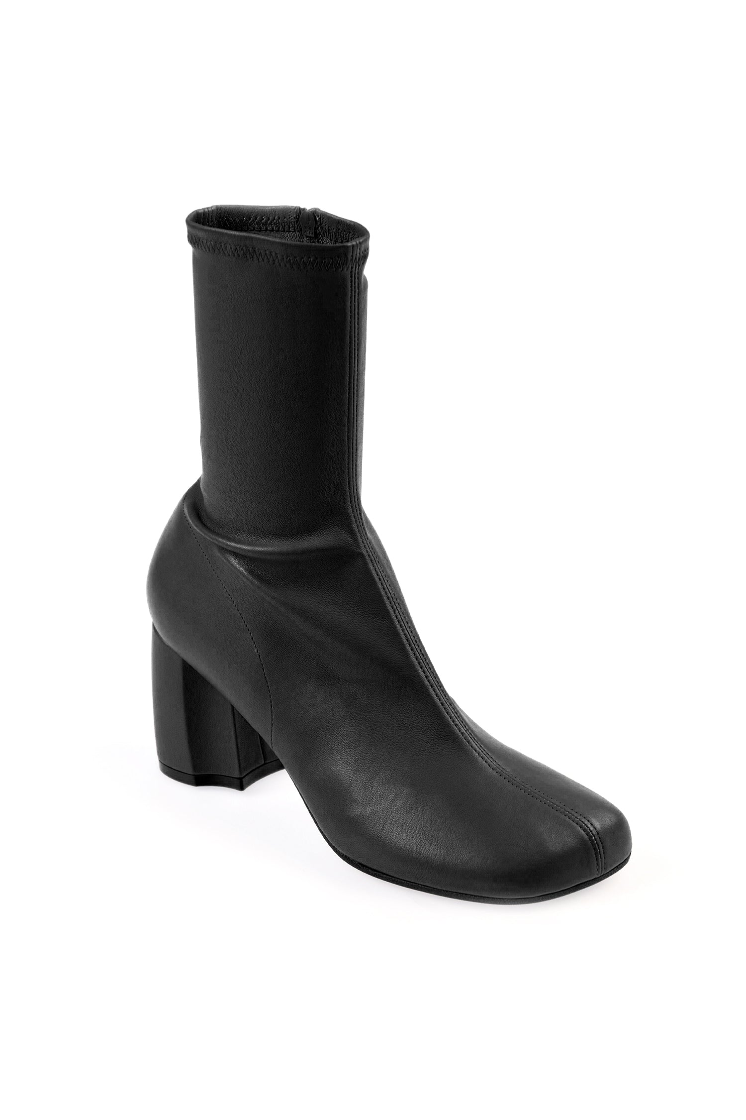 SLIM ANKLE BOOT