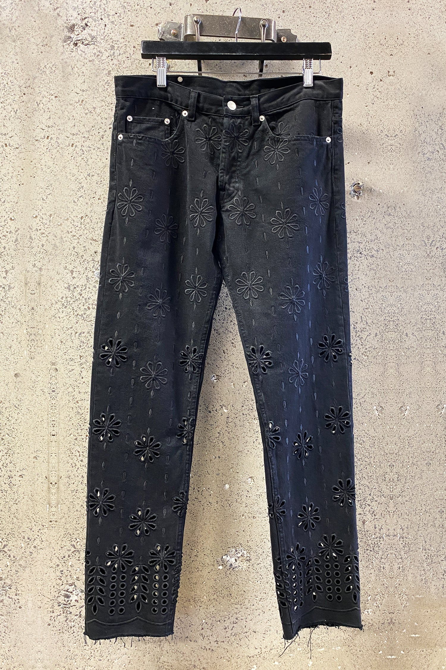 PENDER EMBROIDERED PANT
