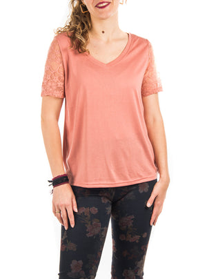 T-shirt Pentagone with lace on sleeves