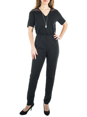 Jumpsuit with lace on the shoulders