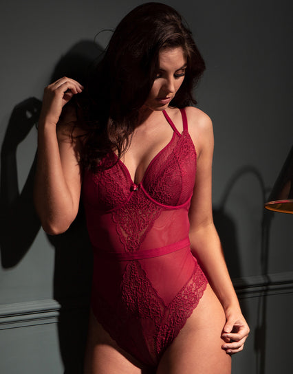 Contradiction by Pour Moi Suspense Balconette Body Red