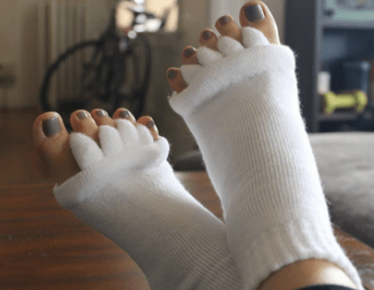 Bcozy Toe Separator Socks™ - Realign and correct your toes!