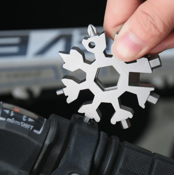 Nifty™ 18 in 1 Snowflake Tool - Everday carry multipurpose tool!