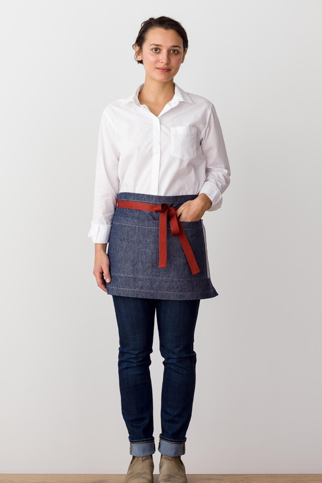 Bistro Shorty Apron Blue Denim with Red Straps, for Men or Women