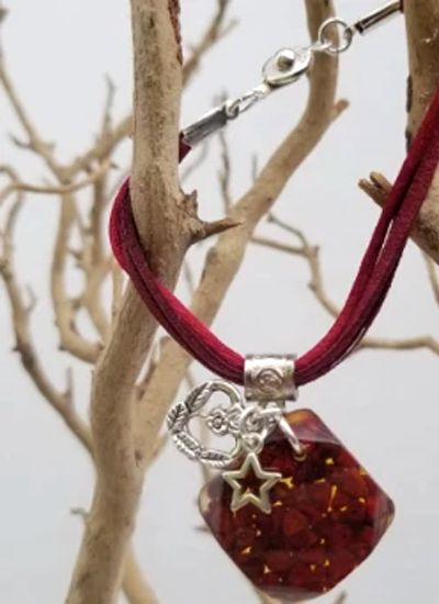 Annatto Bracelet - Square pendant with Charms - Dark Red