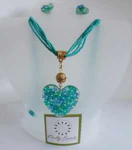 Elder Flower - Medium Heart Pendant / Beads Complete Set - Turquoise