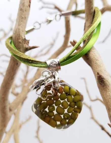 Mung Bean Bracelet - Square shape Bracelet with Charms - Green
