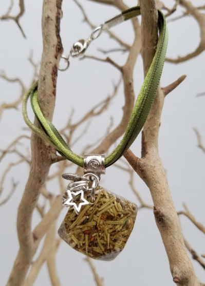 Rosemary Bracelet - Square Pendant with Charms - Green