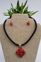 Load image into Gallery viewer, Huayruro Bean Diamond Set - Diamond Shape Necklace and Earrings - Red & Black