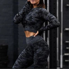 Load image into Gallery viewer, Black Camouflage Long Sleeve Fitness Set